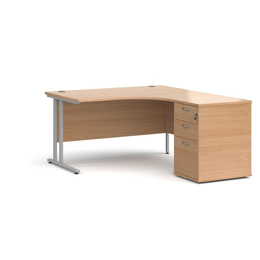 Relax Maestro 25 Right-hand ergonomic desk with cantilever frame and high desk pedestal
