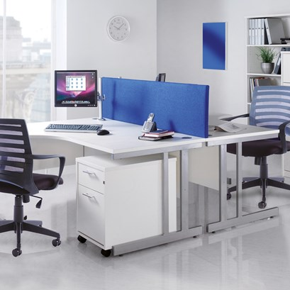 Relax Straight desk 800mm cantilever silver cantilever frame